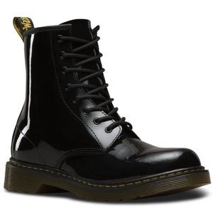 NEW • Dr. Martens • Delaney Combat Boots Patent 5